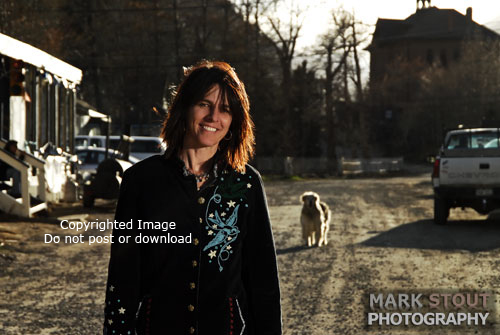 CD Cover Photo Shoot, Trisha Leone, Perfect Strangers