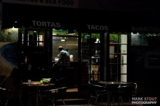 sidewalk-cafe