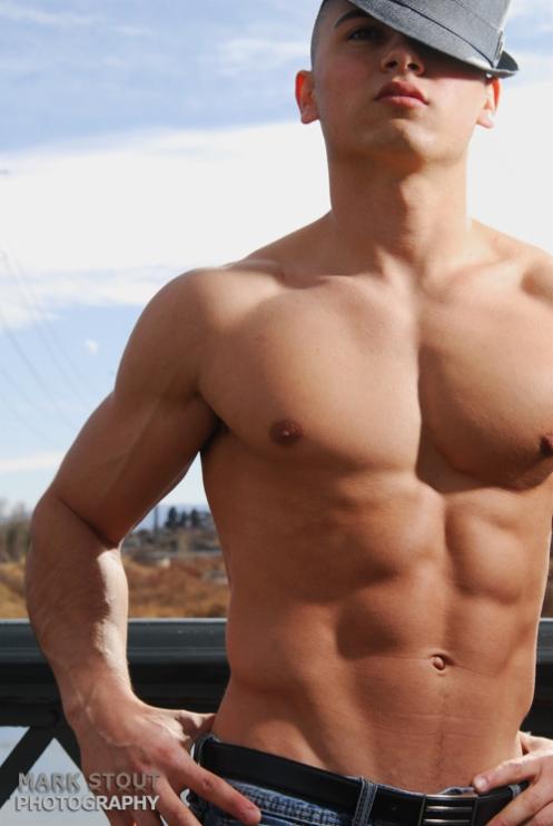 Male physique photographer